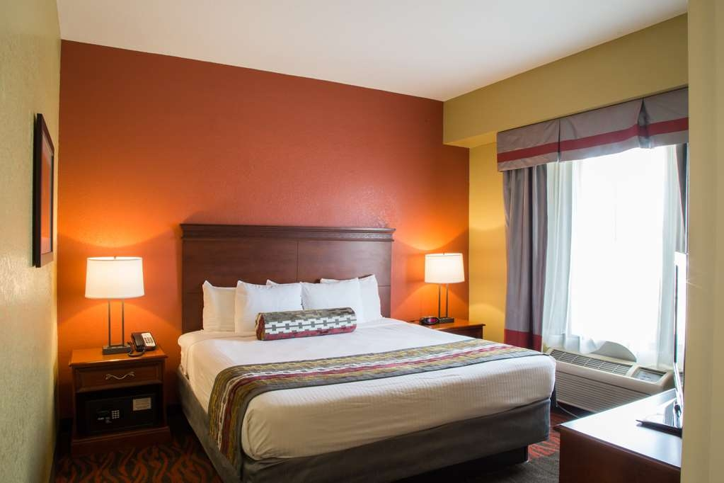 Best Western Executive Inn & Suites - Suite