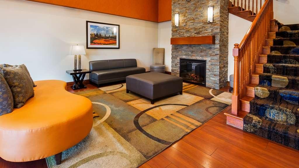 Best Western Executive Inn & Suites - Vista del vestíbulo