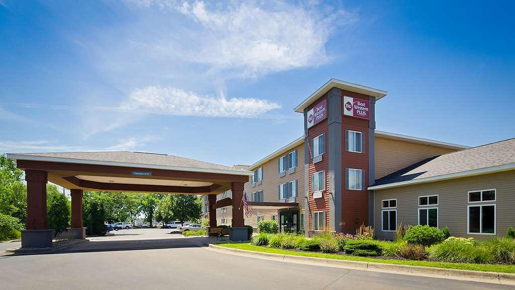 Best Western Plus Coldwater Hotel - Aussenansicht