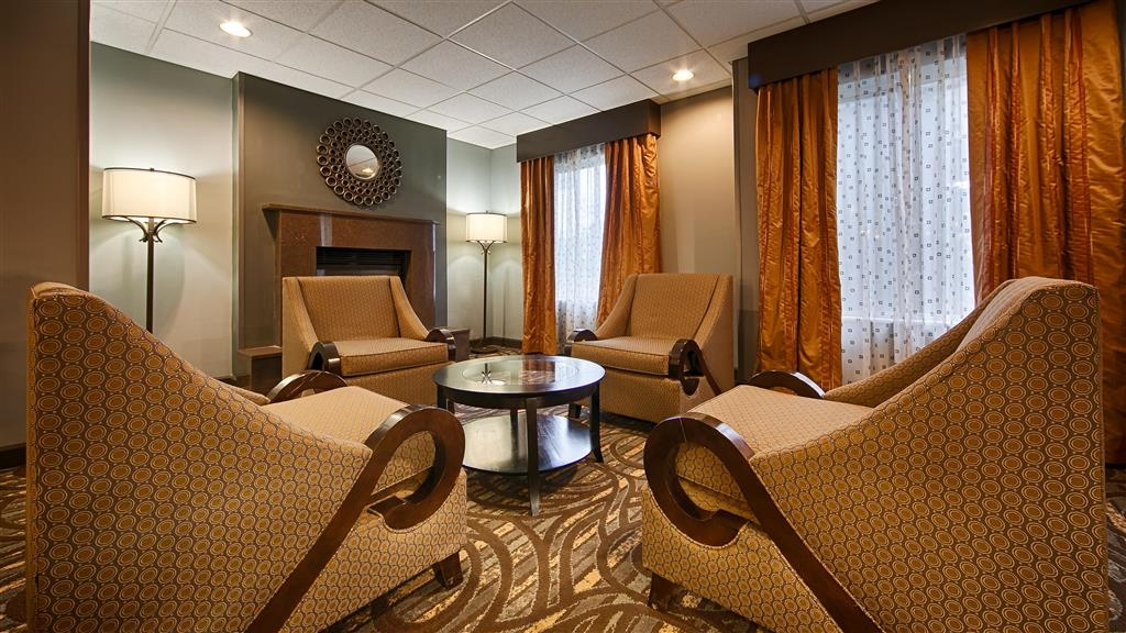 Best Western Plus Coldwater Hotel - Vue du lobby
