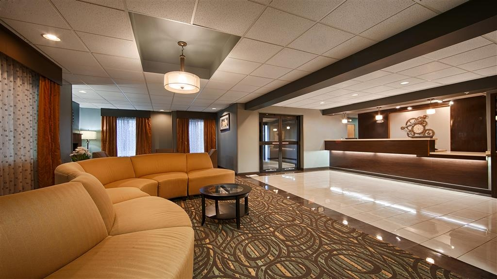 Best Western Plus Coldwater Hotel - Front Desk