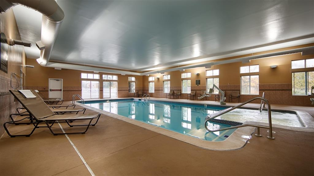 Best Western Plus Coldwater Hotel - Indoor Pool