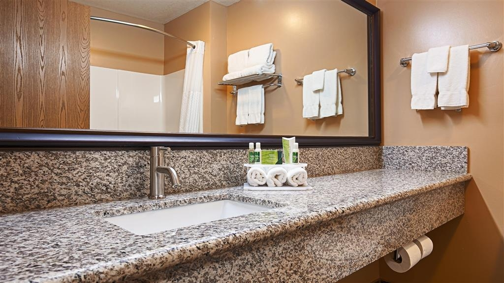 Best Western Plus Coldwater Hotel - Enjoy getting ready for the day in our fully equipped guest bathrooms.