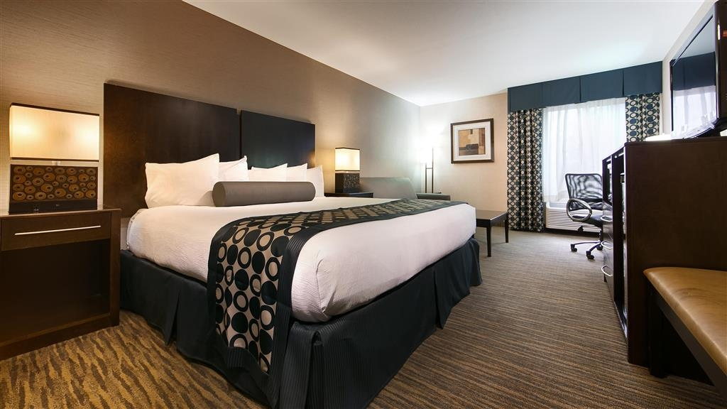 Best Western Plus Coldwater Hotel - Sink into our comfortable beds each night and wake up feeling completely refreshed.