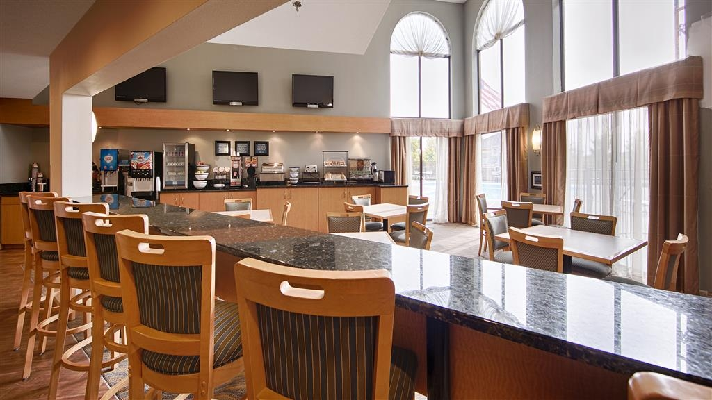 Best Western Davison Inn - Breakfast Bar