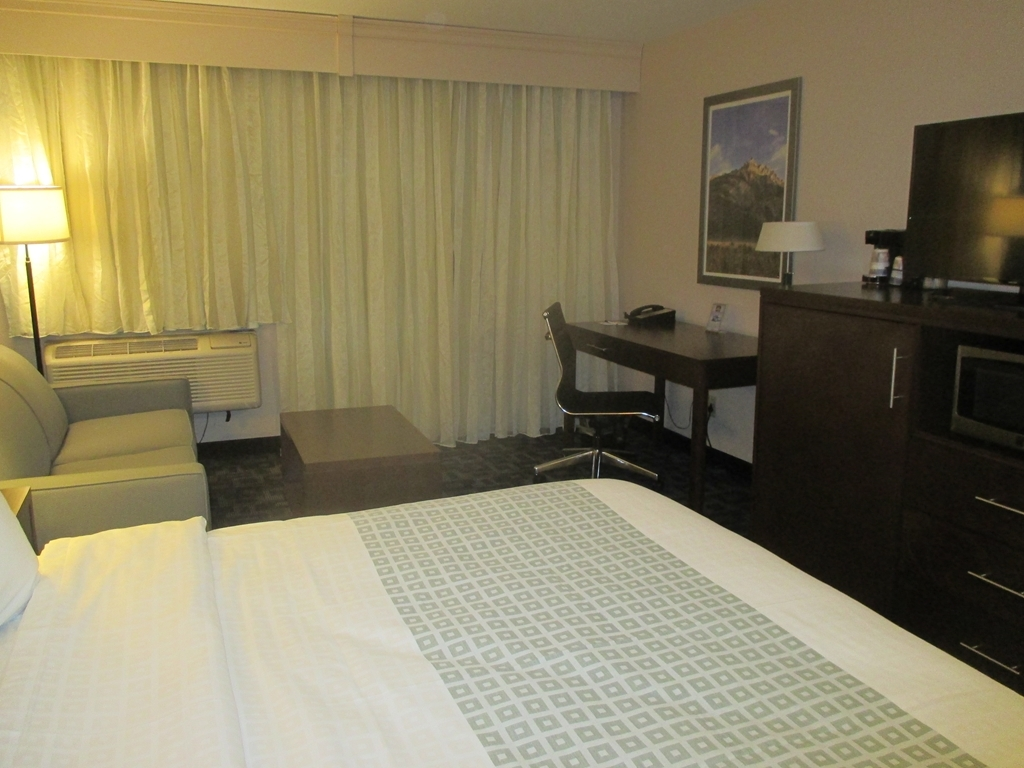 Best Western Benton Harbor-St. Joseph - King Bed Guest Room