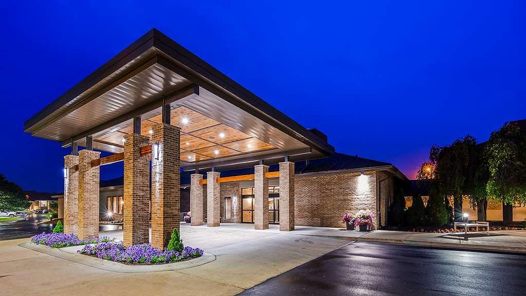 Best Western Okemos/East Lansing Hotel & Suites - Area esterna