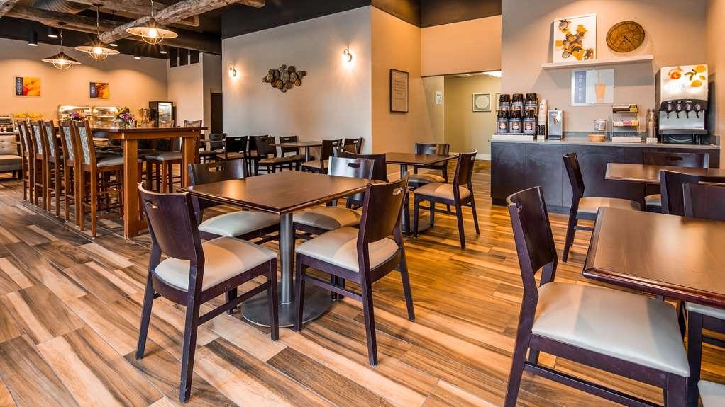 Best Western Okemos/East Lansing Hotel & Suites - Ristorante / Strutture gastronomiche