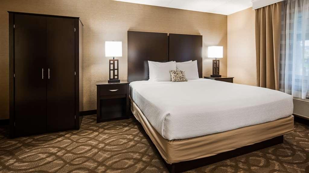 Best Western Okemos/East Lansing Hotel & Suites - Camere / sistemazione