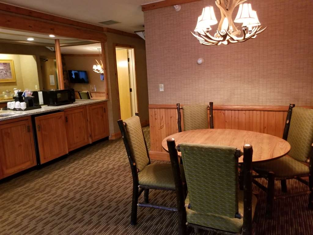 Best Western Dundee - Cabela's Guest Suite