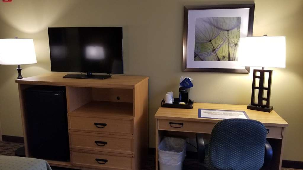 Best Western Dundee - King Guest Room
