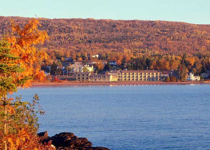Best Western Plus Superior Inn - A Lake Superior view, comfortable decor and thoughtful amenities await your arrival.
