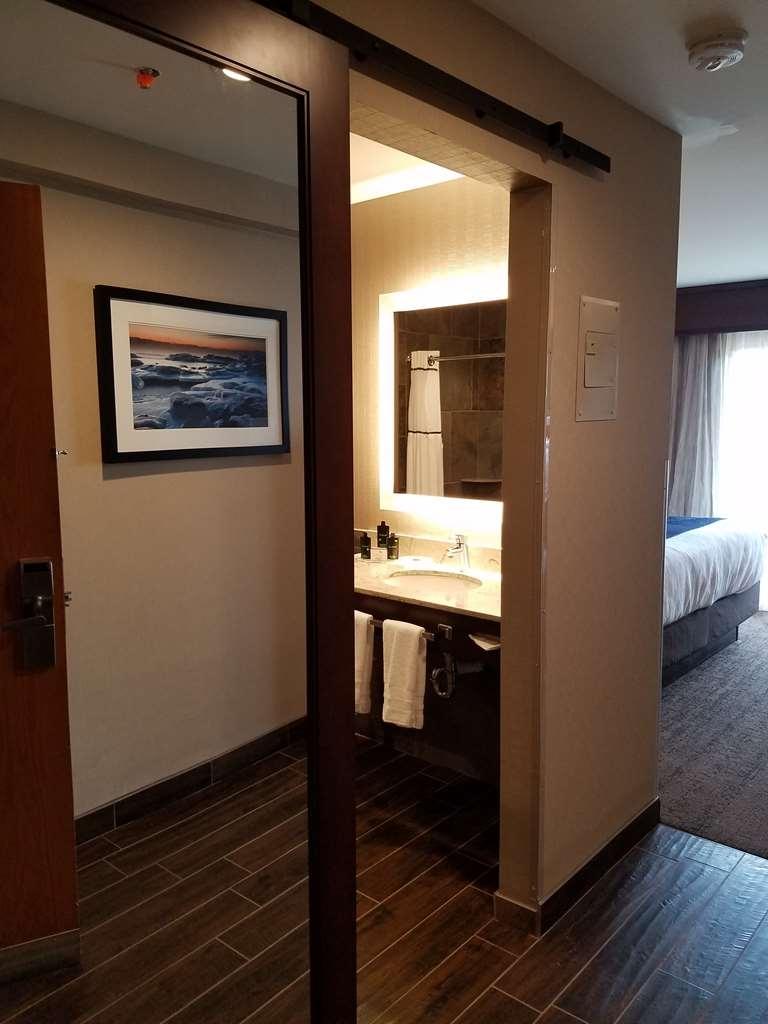 Best Western Plus Superior Inn - Habitaciones/Alojamientos