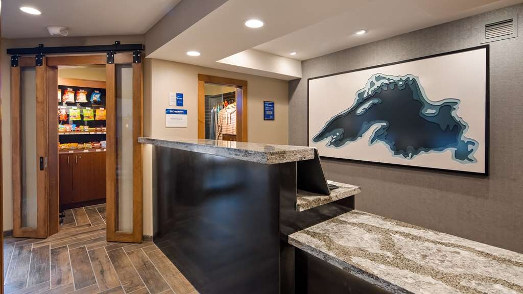 Best Western Plus Superior Inn - Checking in at our hotel is just the beginning of a world-class experience.