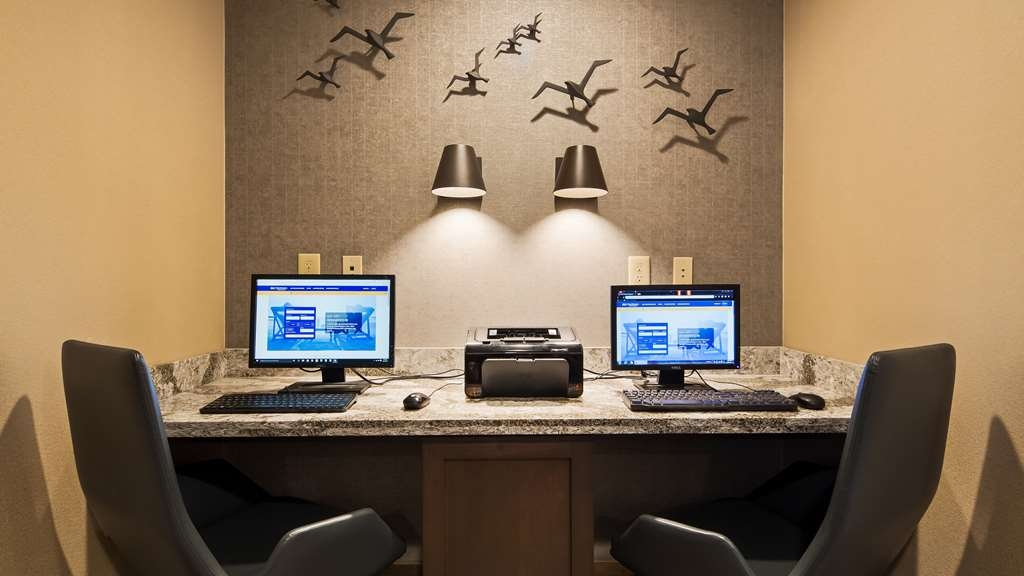 Best Western Plus Superior Inn - Stay productive during your time away from home in our business center.