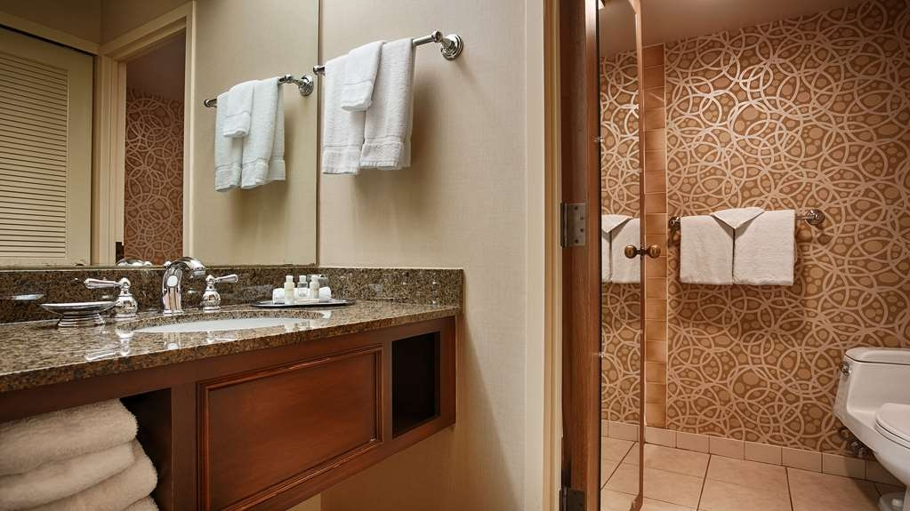 Best Western Plus The Normandy Inn & Suites - Bagno