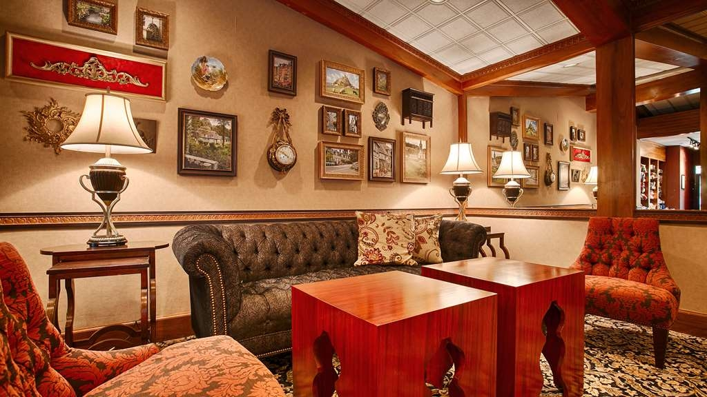 Best Western Plus The Normandy Inn & Suites - Hall