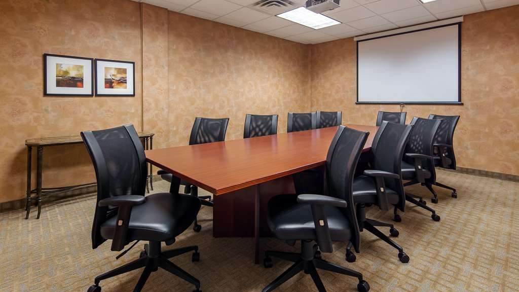 Best Western Plus Dakota Ridge - Allow our professional staff to assist you with your next meeting or event.