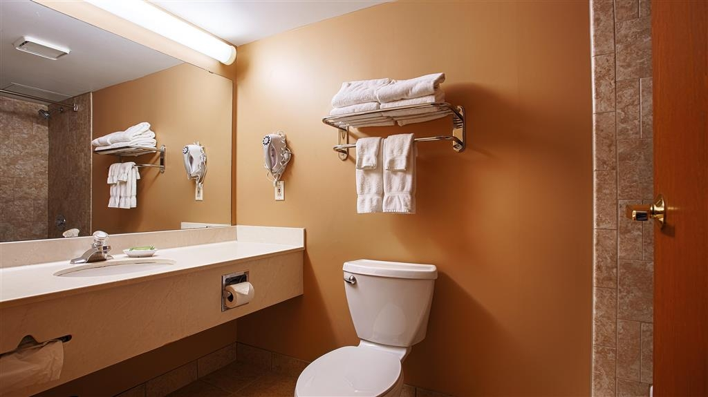 Best Western Plus Dakota Ridge - Bagno