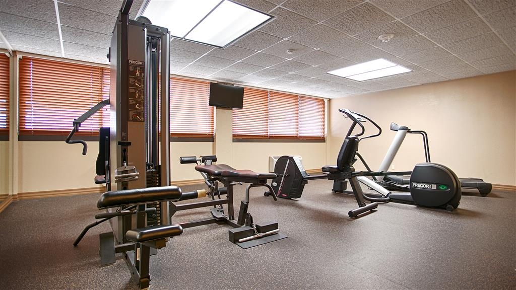 Best Western Plus Capitol Ridge - Maintain your fitness routine during your stay with us in our fitness center.