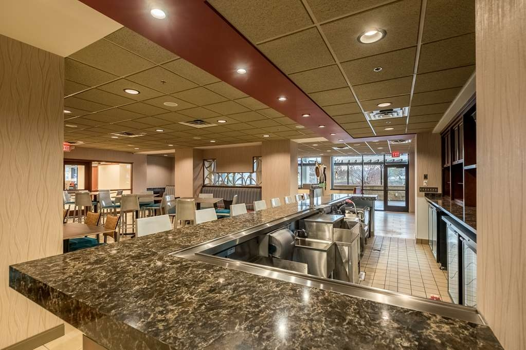 Best Western Plus Capitol Ridge - Restaurante