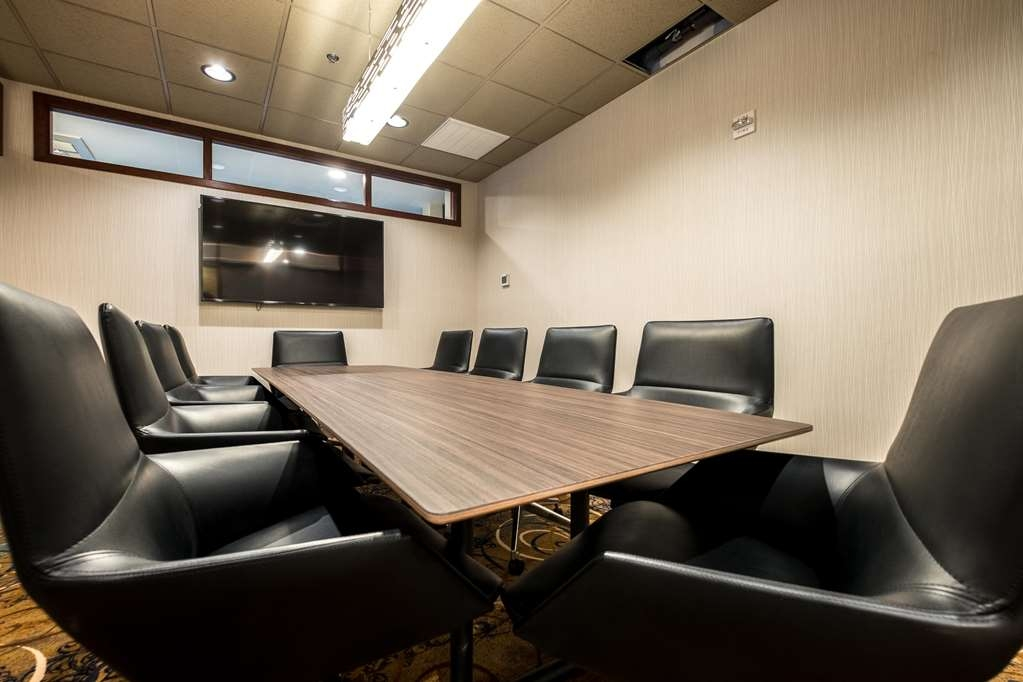 Best Western Plus Capitol Ridge - Take advantage of our private room for your next meeting.