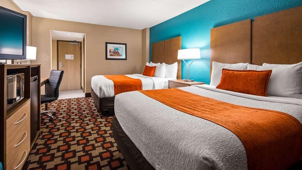 Best Western Plus Capitol Ridge - Gästezimmer/ Unterkünfte