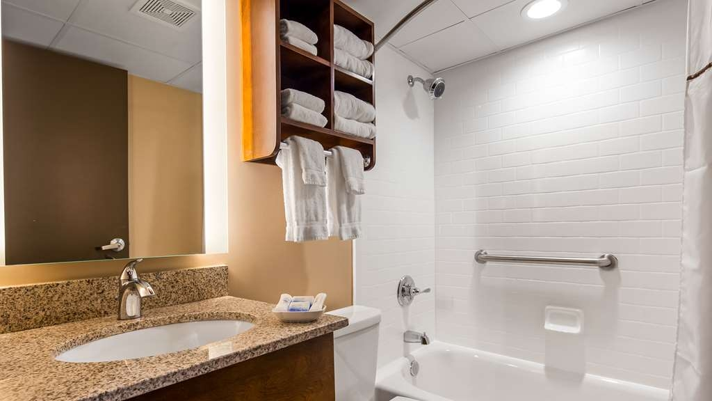 Best Western Plus Capitol Ridge - We take pride in having everything spotless for your arrival.