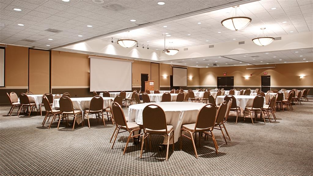 Best Western Plus Kelly Inn - Need to schedule a meeting for business? We have space available for you and your clients.