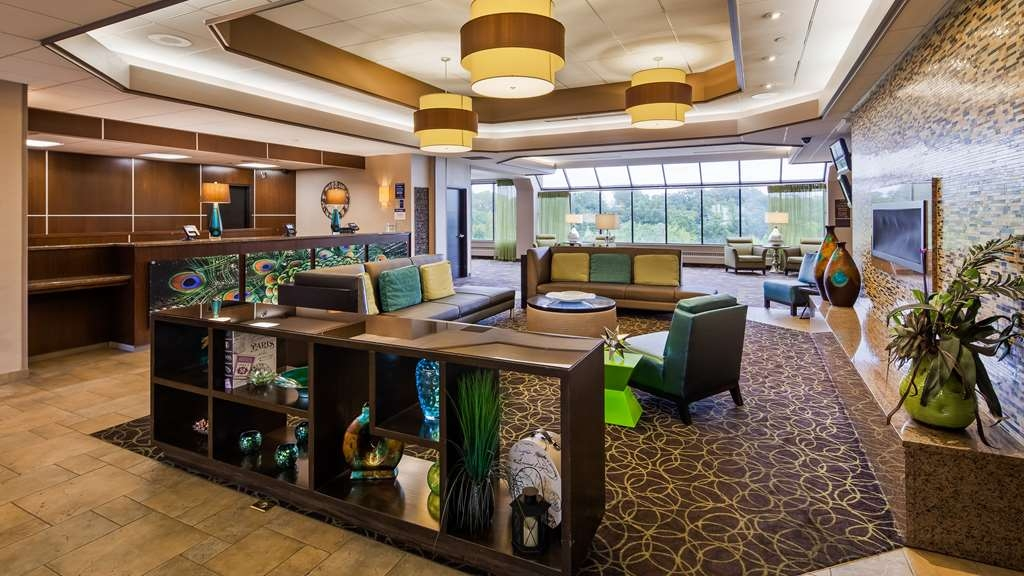 Best Western Plus Kelly Inn - Lobby