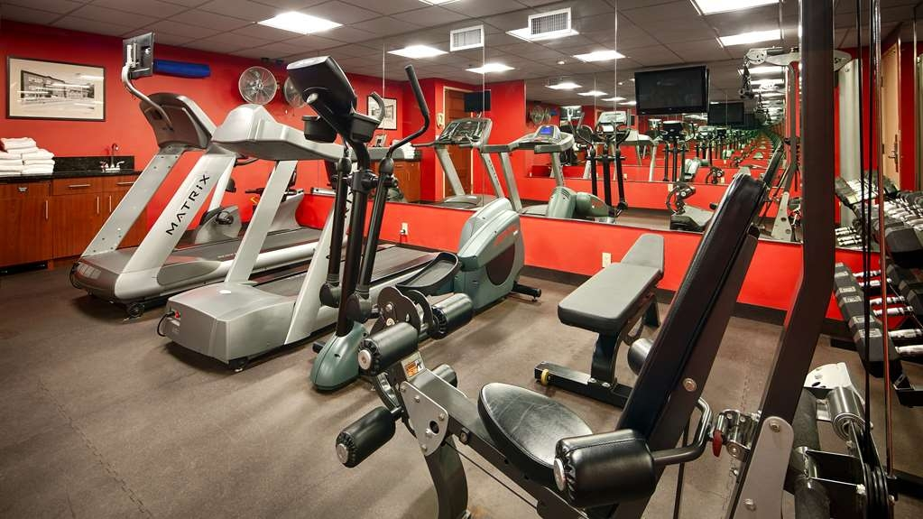 Best Western Plus White Bear Country Inn - Fitnessstudio