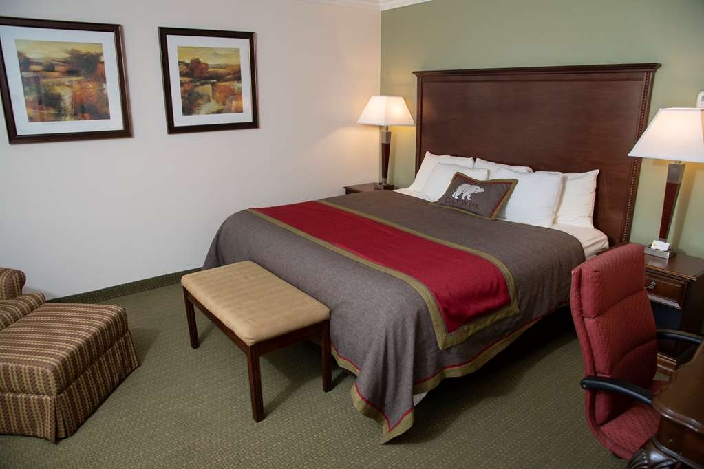 Best Western Plus White Bear Country Inn - Chambres / Logements