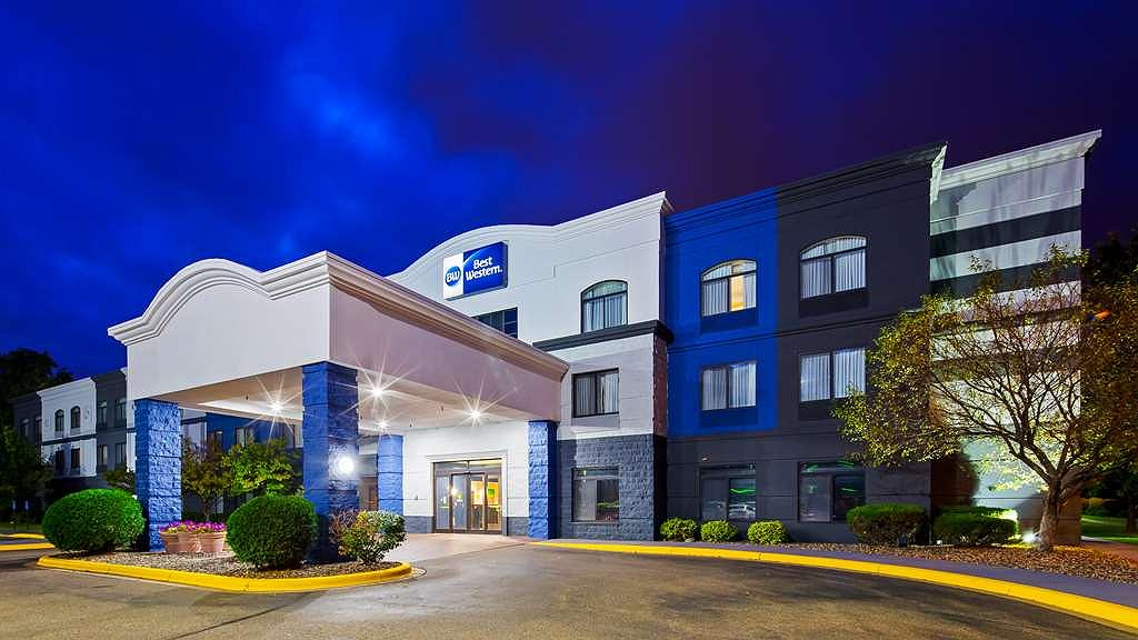 Best Western Regency Plaza Hotel - St. Paul East - Vista exterior