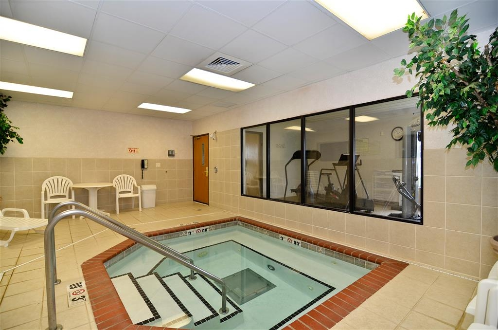 Best Western Regency Plaza Hotel - St. Paul East - whilrpool