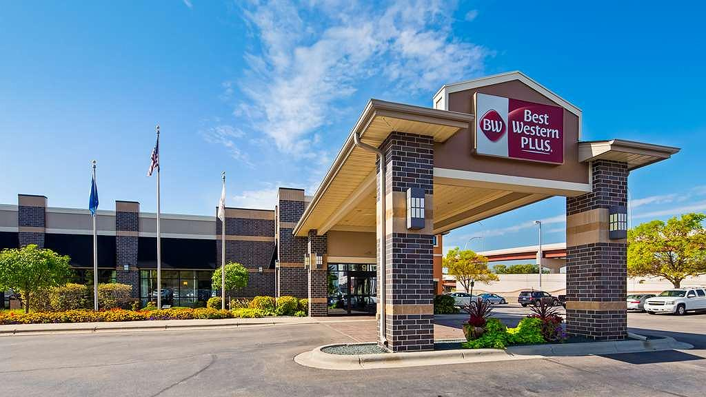 Best Western Plus Bloomington Hotel - Vista exterior