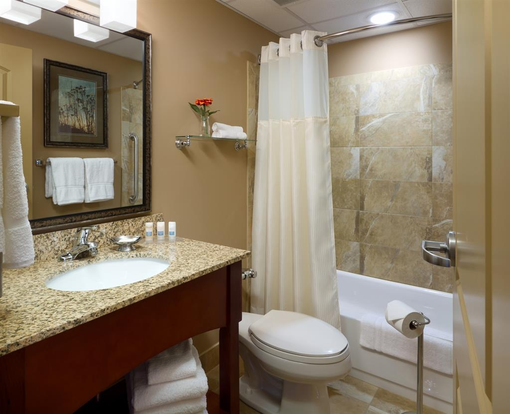 Best Western Plus Bloomington Hotel - Bagno