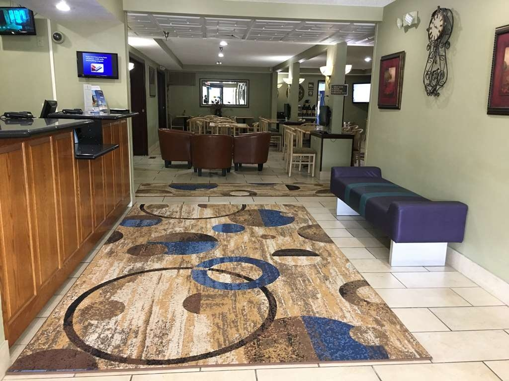 Best Western Shakopee Inn - Hall