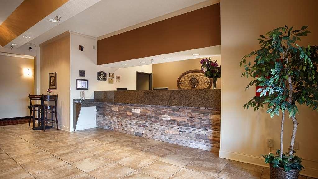 Best Western Plus Albert Lea I-90/I-35 Hotel - Hall