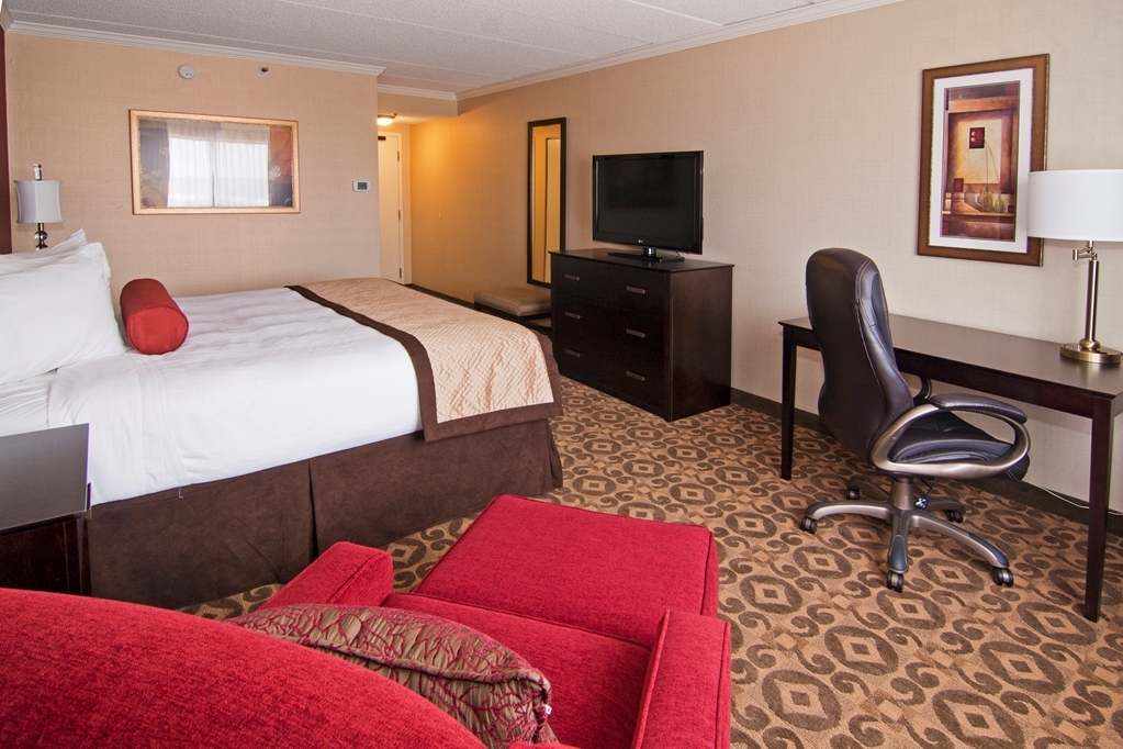 Best Western Premier Nicollet Inn - We offer a variety of executive king rooms some featuring sofa beds.