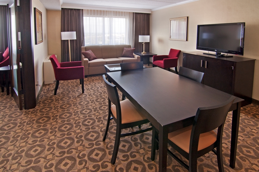 Best Western Premier Nicollet Inn - Live in true luxury when you book a executive king suite.