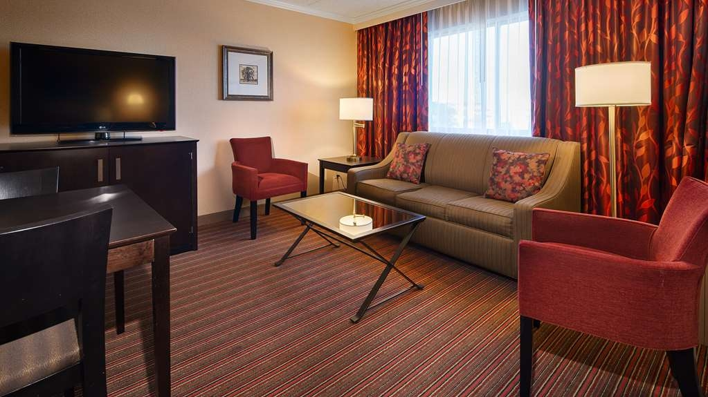 Best Western Premier Nicollet Inn - 2 Room Suite