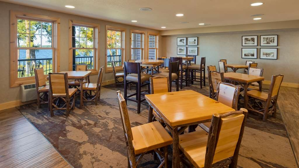 Best Western Premier The Lodge on Lake Detroit - Restaurant / Gastronomie