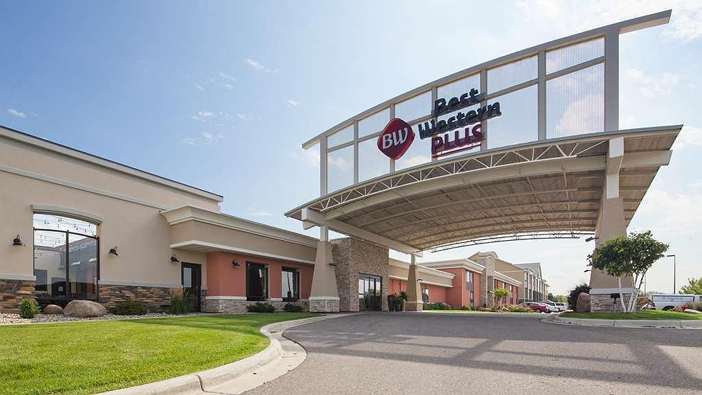 Best Western Plus Willmar - Aussenansicht