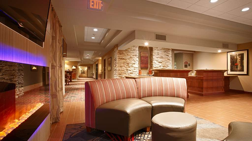 Best Western Plus Willmar - Our warm and inviting lobby lets you relax after a long day of travel.