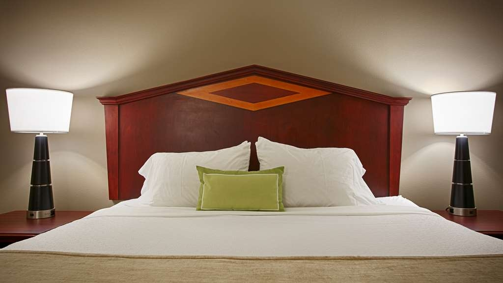 Best Western Plus Willmar - After a long day of business or travel there is nothing more relaxing than jumping into our plush pillow top beds.