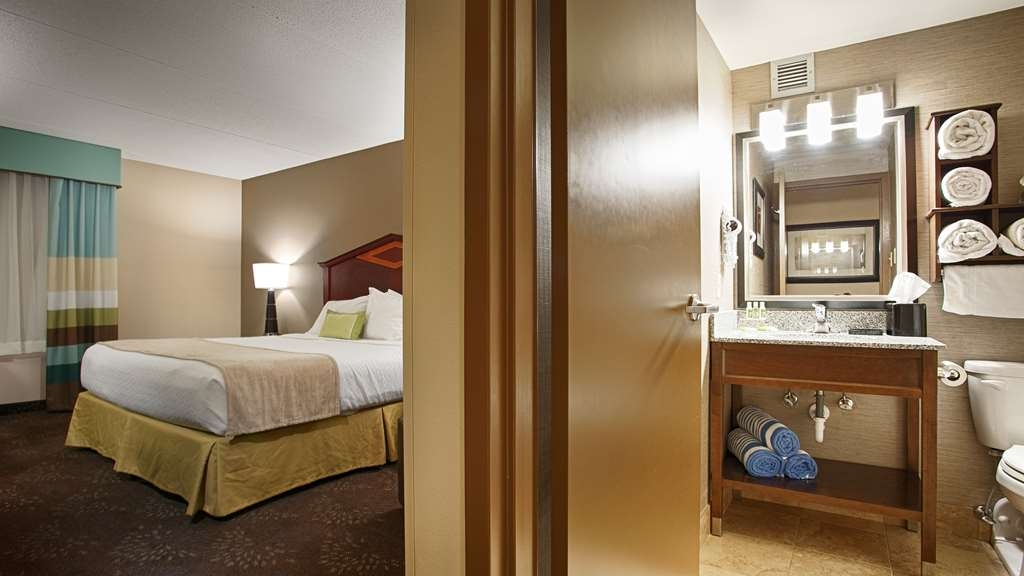 Best Western Plus Willmar - Need to get your work done during your stay with us? We offer free high-speed Internet in every guest room.