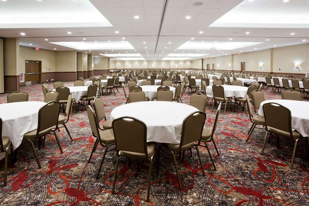 Best Western Plus Willmar - Our Grand Ballroom can hold up to 1,000 guest in a banquet style setting.