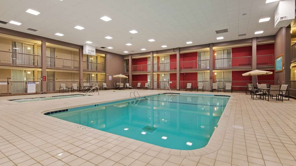 Best Western Plus Willmar - The indoor pool is great for taking a dip or swimming laps.