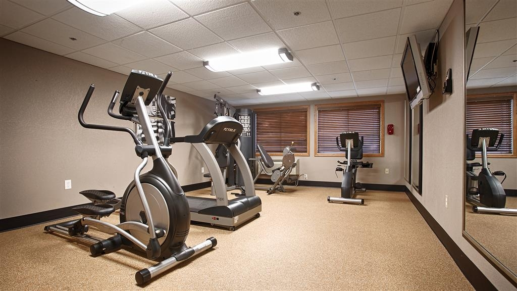 Best Western Plus Minneapolis-Northwest - Enjoy our 24-hour fitness center with state-of-the-art cardio and weigh equipment for your convenience.
