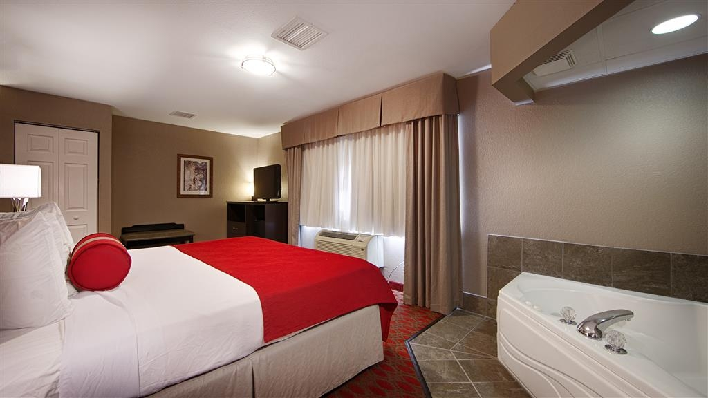 Best Western Plus Minneapolis-Northwest - Book our king room featuring a whirlpool so you can stretch out and relax!